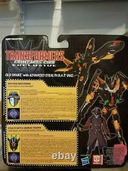 Gi Joe 2015 Old Snake & Advanced Stealth Bat Transformer Crossover Sdcc
