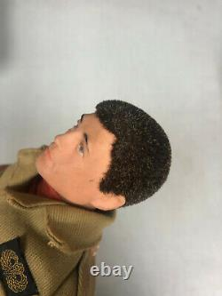 Vintage 12 GI Joe Soldier MP MILITARY POLICE Tan AIRBORNE with Fuzzy Hair Figure